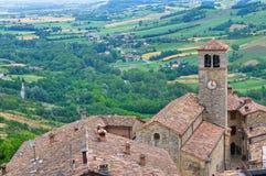 Vista panoramica di Vigoleno. L'Emilia Romagna. L'Italia. Fotografia Stock Libera da Diritti