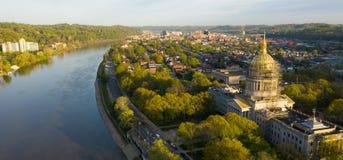 Vista panoramica lunga Charleston West Virginia Capitol City immagine stock libera da diritti