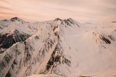 Vista panoramica nelle montagne svizzere delle alpi Fotografia Stock Libera da Diritti