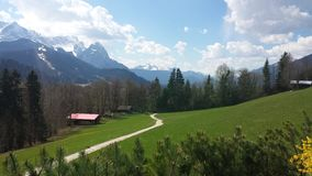 Vista panoramica piacevole sulle montagne Immagini Stock Libere da Diritti