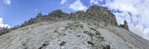 Vista panoramica stupefacente delle dolomia italiane su Tre Cime di Lavar Fotografia Stock Libera da Diritti