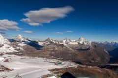 Vista panoramica stupefacente intorno al picco del Cervino, alpi Immagini Stock Libere da Diritti