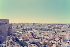Vista panoramica su Almeria dalla cima della fortezza di Alcazaba Immagini Stock Libere da Diritti