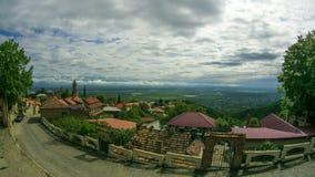 Vista panoramica sul paesaggio della città di Sighnaghi, Georgia Timelapse stock footage