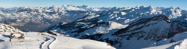 Vista panoramica sulle alpi svizzere dalla sommità di Fronalpstock Fotografia Stock Libera da Diritti