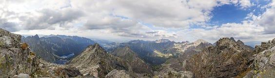 Vista panoramica sulle alte montagne di Tatra, Slovacchia, Europa Fotografia Stock