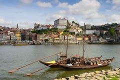 Vista panoramica sulle banche del Duero a Oporto Immagine Stock Libera da Diritti