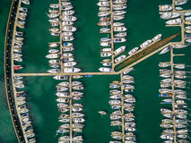 Vista para baixo em barcos amarrados Fotografia de Stock Royalty Free