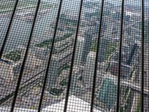 Vista para fora do interior da torre da NC em Toronto imagem de stock royalty free