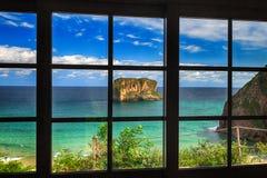 Vista para o mar bonita - sonho do fundo da água azul de turquesa Foto de Stock