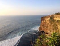 Vista para o mar da rocha Fotografia de Stock Royalty Free