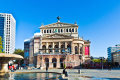 Vista para reconstruir o teatro da ópera Fotografia de Stock Royalty Free
