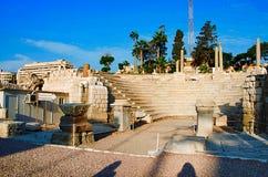 Vista parcial do anfiteatro romano, o Odeum pequeno, datando originalmente do ANÚNCIO do século II imagens de stock royalty free
