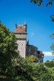 Vista parziale del castello del Menthon-san-Bernard, vicino al lago di Annecy Fotografie Stock
