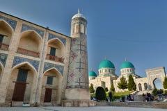 Vista parziale del portale Kukeldash Madrasah tashkent uzbekistan fotografia stock