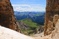 Vista perfeita do Sass Pordoi a Nuvolau em Dolomiti, UNESCO do parque nacional fotos de stock