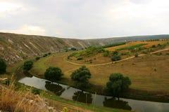 Vista piacevole del fiume fotografia stock libera da diritti