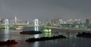 Vista piacevole del ponte dell'arcobaleno di Tokyo Fotografie Stock Libere da Diritti