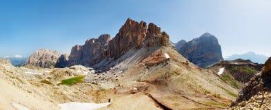 Vista piacevole delle alpi italiane - montagne di Dolomiti Fotografia Stock Libera da Diritti