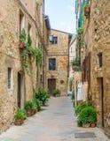 Vista pintoresca en Pienza, provincia de Siena, Toscana, Italia imagenes de archivo