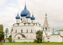 Vista pittoresca del Cremlino di Suzdal', Russia Anello dorato della Russia Fotografie Stock Libere da Diritti