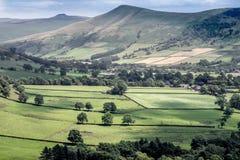 Vista pittoresca sulle colline vicino a Edale, parco nazionale di punta del distretto, Derbyshire, Inghilterra, Regno Unito Immagine Stock Libera da Diritti