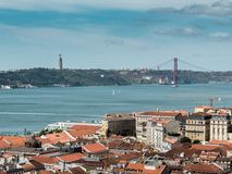 Vista ponte del 25 aprile, Lisbona fotografie stock libere da diritti