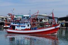 Vista próxima de barcos de pesca comercial Foto de Stock Royalty Free