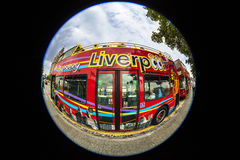 Vista que ve el autobús en Liverpool Imagenes de archivo