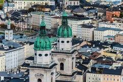 Vista a?rea da catedral de Salzburg, ?ustria imagens de stock