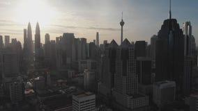 Vista a?rea de la capital de Malasia Kuala Lumpur de una altura metrajes