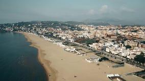 Vista a?rea de la ciudad de Gaeta y de la costa costa del mar, Italia almacen de video