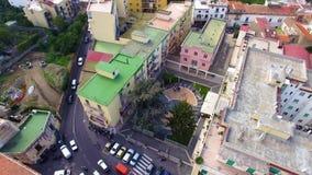 Vista a?rea de la ciudad de Sorrento, Italia, calle de la ciudad vieja de las monta?as, concepto del turismo, vacaciones del mar, metrajes