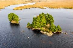 Vista a?rea de na Leabhar de Mhin Leic del lago - el lago de Meenlecknalore - cerca de Dungloe en el condado Donegal, Irlanda fotos de archivo libres de regalías