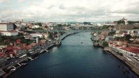 Vista a?rea de Oporto, Portugal E metrajes