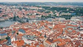 Vista a?rea de Praga almacen de metraje de vídeo