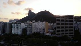 Vista a?rea de Rio de Janeiro, el Brasil Cristo el redentor metrajes