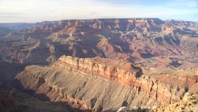 Vista a?rea del parque nacional hermoso de Grand Canyon del punto de Navajo del borde del sur metrajes