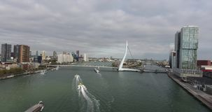 Vista a?rea del puente de Erasmus, ciudad de Rotterdam, Pa?ses Bajos