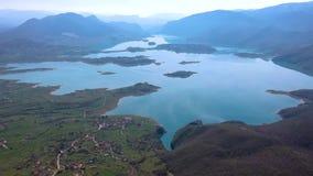 Vista a?rea do lago Rama ou o jezero de Ramsko, a B?snia e a Herzegovina filme