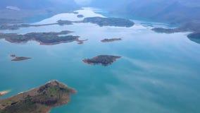 Vista a?rea do lago Rama ou o Ramsko Jezero, a B?snia e a Herzegovina filme