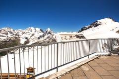 Vista sbalorditiva alle alpi svizzere dalla cima del picco di Corvatsch Fotografia Stock Libera da Diritti
