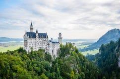 Vista sbalorditiva del castello del Neuschwanstein Fotografia Stock Libera da Diritti