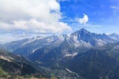 Vista sbalorditiva del massiccio di Mont Blanc Fotografia Stock Libera da Diritti