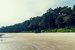 Vista sbalorditiva della spiaggia di Radhanagar sull'isola di Havelock fotografie stock