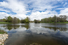 Vista scenica del lago rurale della campagna Fotografia Stock Libera da Diritti