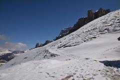 Vista scenica del trentino del sud Italia Europa del Tirolo delle alpi delle montagne delle dolomia - passi il parco nazionale di Immagini Stock Libere da Diritti