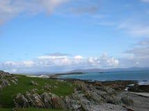 Vista scenica dell'isola Iona, Scozia, Regno Unito fotografia stock libera da diritti