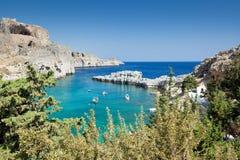 Vista scenica della baia a Rodi (Grecia) Immagini Stock Libere da Diritti