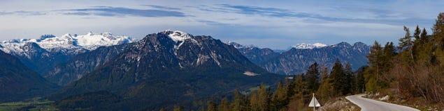 Vista scenica della cartolina del villag famoso della montagna di Hallstatt Fotografie Stock Libere da Diritti